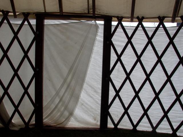 Yurt dør